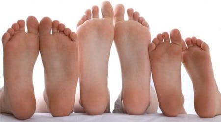 Come rimuovere calli e duroni dai nostri piedi