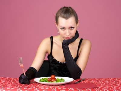 Galateo in tavola per non ingrassare - Regole del galateo a tavola ...