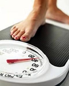bilancia 240x300 Perdere 1kg in 1 giorno? Ecco la dieta lampo provata per voi