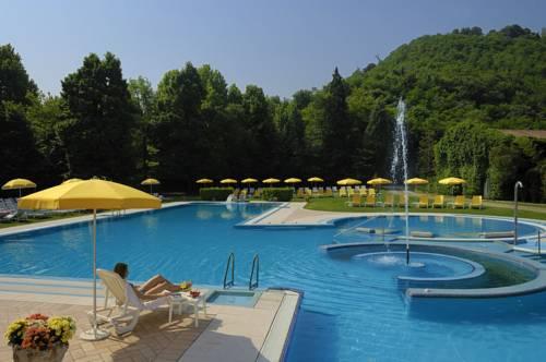 Terme piscine preistoriche di montegrotto - Terme preistoriche montegrotto prezzi piscina ...