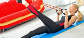Fitness: in forma con l'elastico anche a casa
