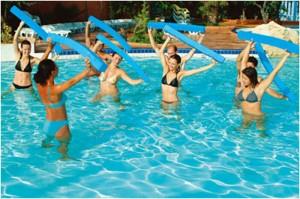 acquagym cellulite 300x199 Gli sport più adatti per combattere la cellulite