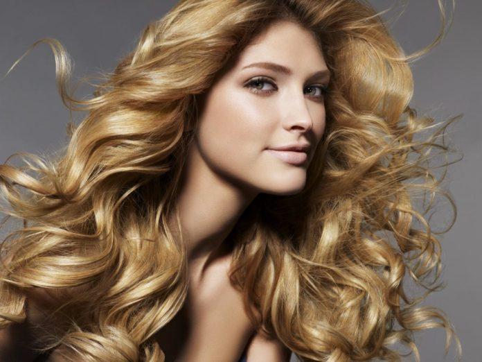 Immagini di capelli colorati