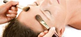 Come fare il massaggio con i pennelli?