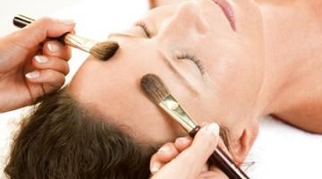 massaggio con i pennelli