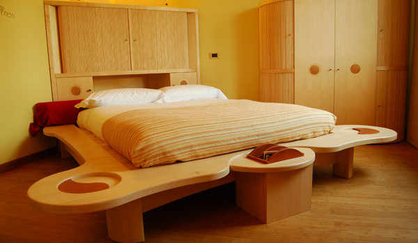 Il feng shui in camera da letto - Feng shui orientamento letto ...
