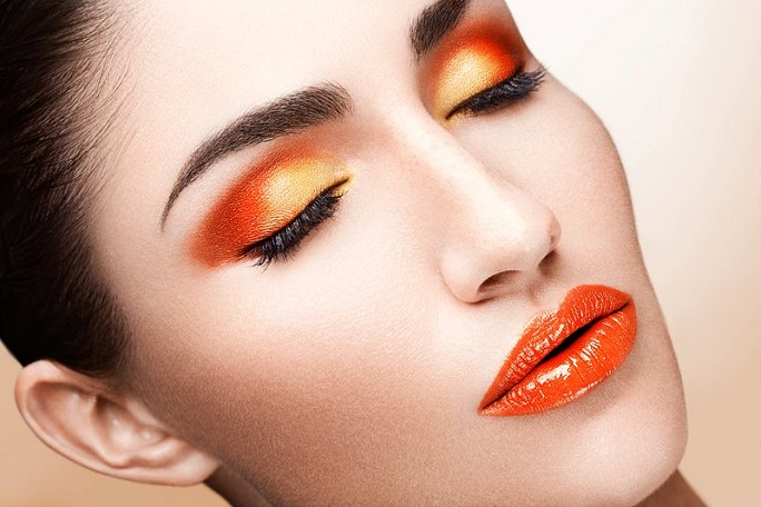 make up orange arancione
