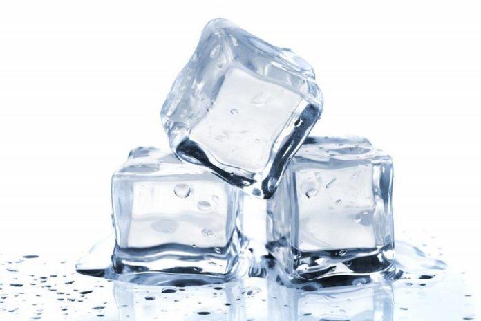 ghiaccio cubetti