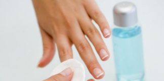 solvente unghie smalto