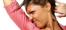 Come si eliminano le macchie di sudore?