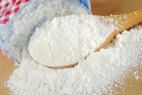 Come riutilizzare la farina in casa