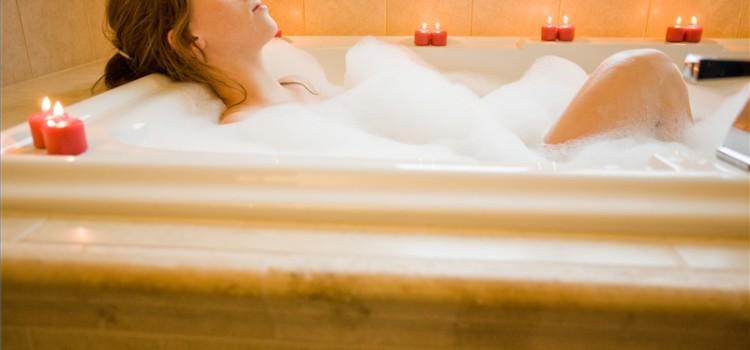 Il bagno detox per eliminare le tossine vivo di benessere - Bagno relax turbigo ...