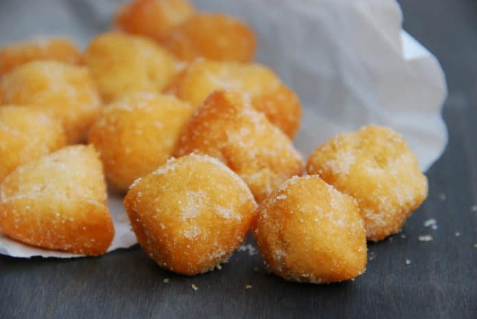 ricetta castagnole fritte e al forno