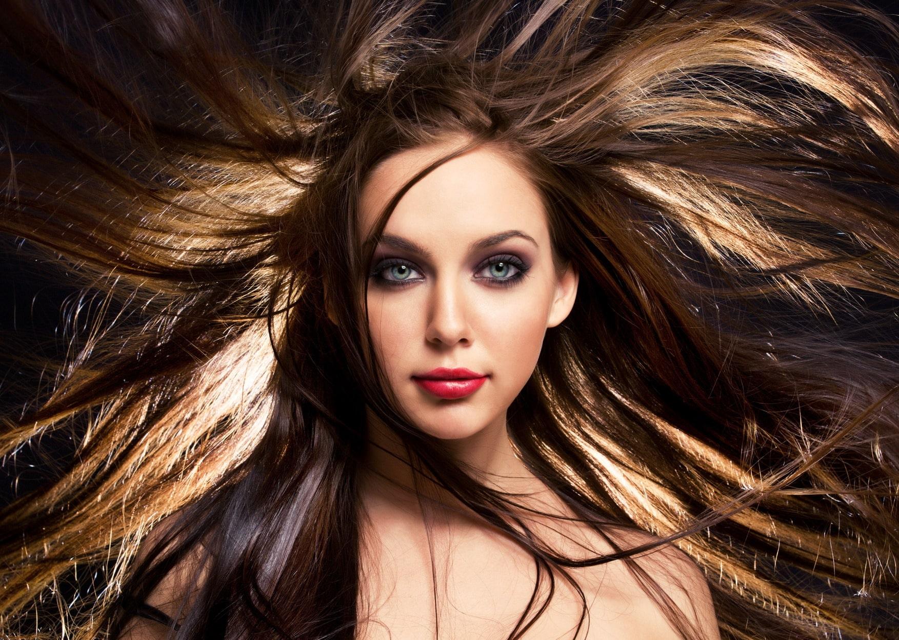 Come potenziare capelli di capelli abbandonano fortemente questo