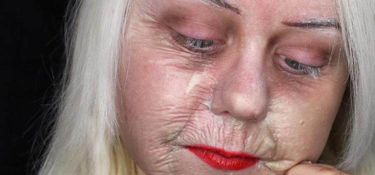 Make up per Carnevale  tecnica di invecchiamento della pelle - Vivo ... ac39a68644c