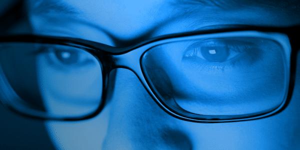 occhiali luce
