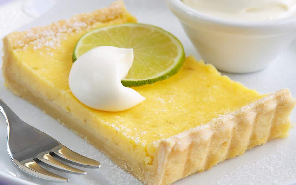 Crostata di Natale con crema al lime