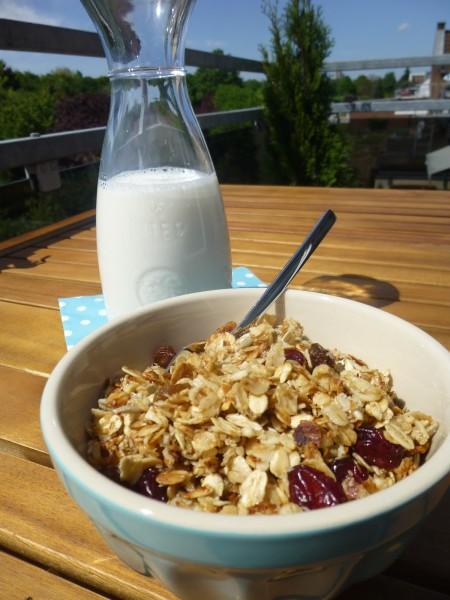 granola-e-latte
