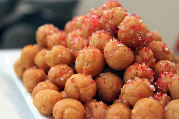 struffoli-frutti-rossi