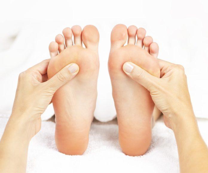 riflessologia plantare massaggio