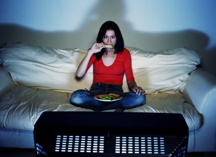 Mangiare davanti alla tv