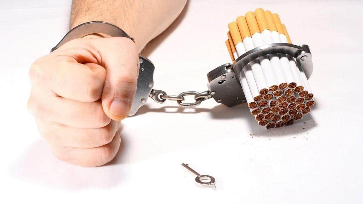 Quando smesso fumando gas in uno stomaco