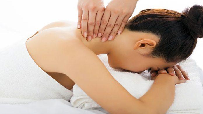 torcicollo massaggi