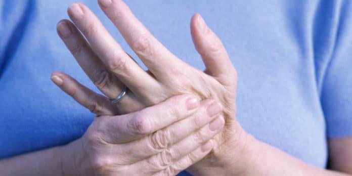formicolio mani