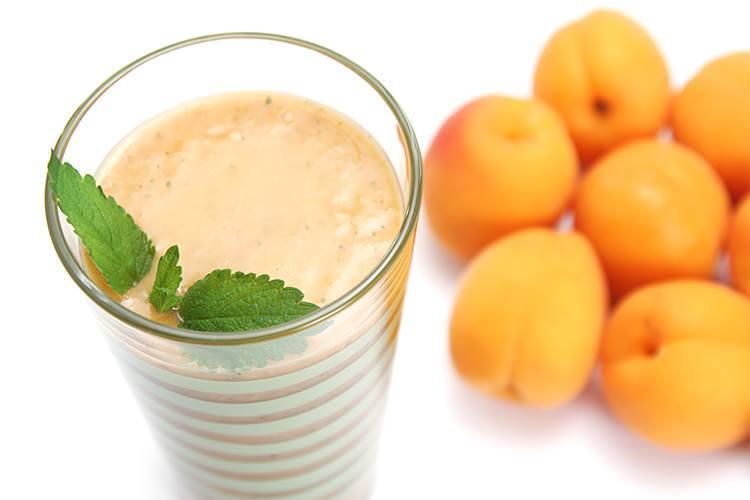 latte frutta albicocca