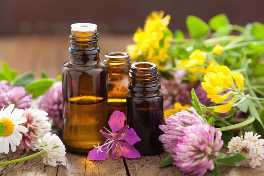 olio essenziale fatto in casa