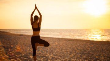 posizione albero yoga