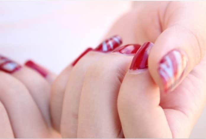 rinforzare unghie