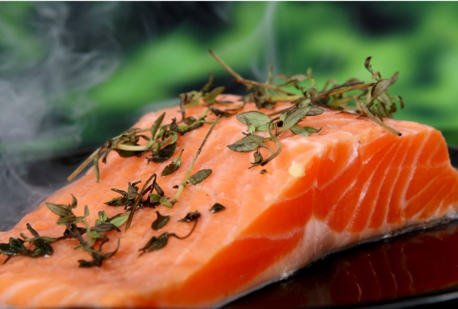 salmone al vapore