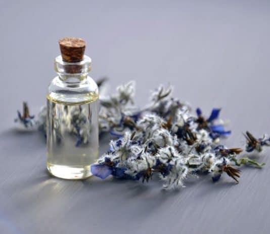 olio essenziale oleolito