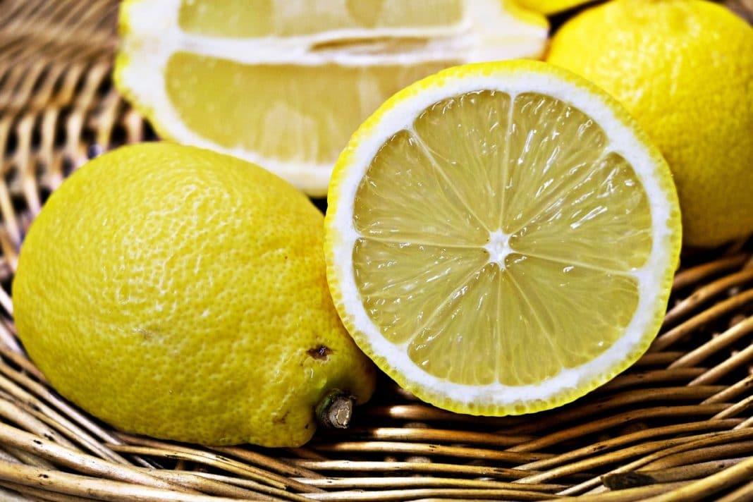 olio-essenziale-limone-proprietà