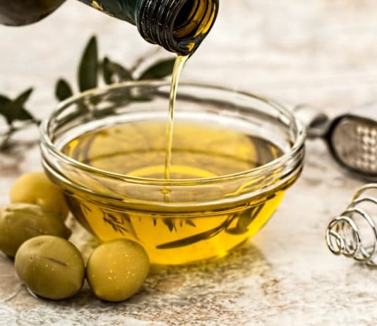 olio-di-oliva-usi-alternativi