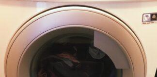 come-eliminare-cattivi-odori-lavatrice