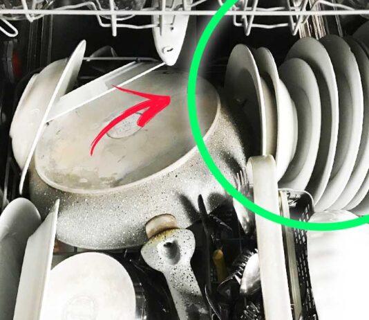 puzza-piatti-lavastoviglie