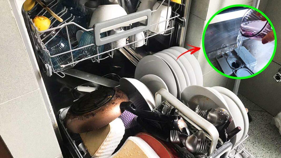 lavare-patti-lavastoviglie-senza-detersivo
